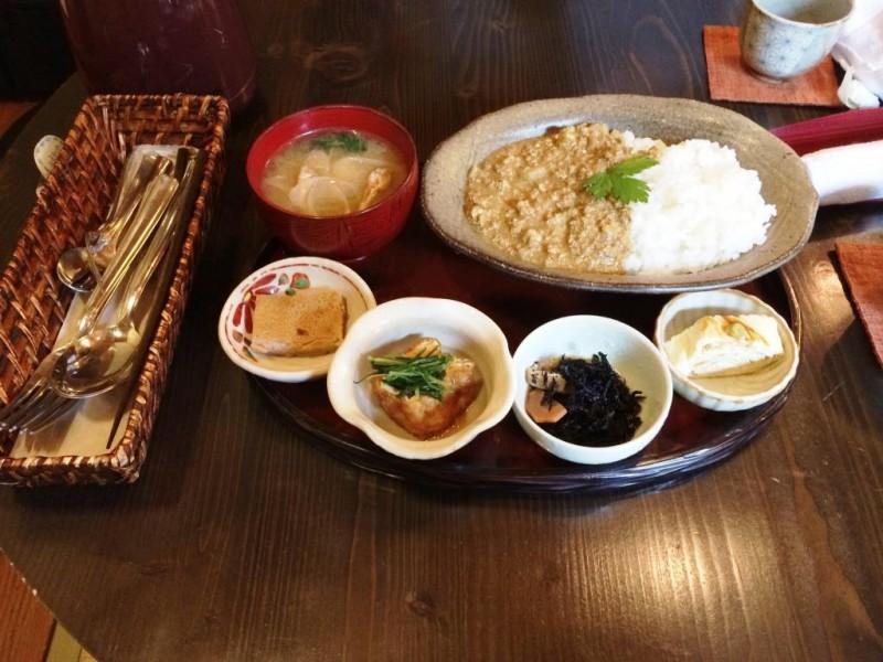 和カフェ「紅」でヘルシーランチを食べた