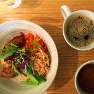 東京新宿 マクロビオテックのランチが食べたい時は「リマ カフェ」