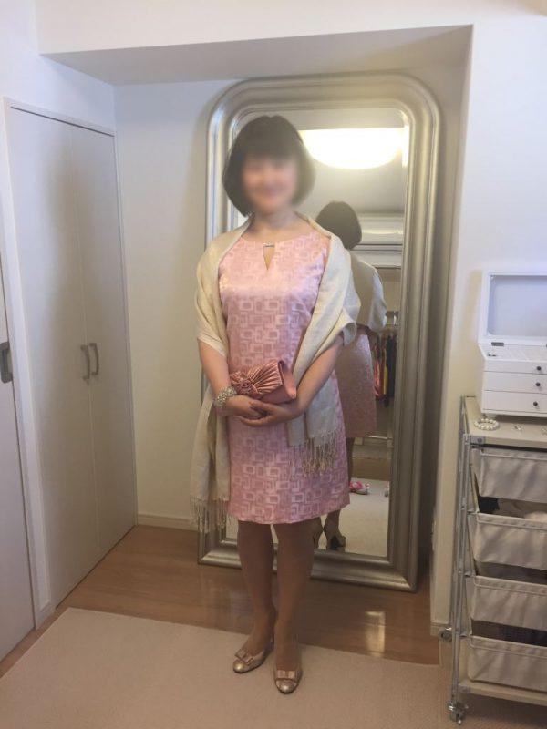 太っちょさんにも使える!結婚式のお呼ばれにはレンタルドレスが可愛くて安くて便利