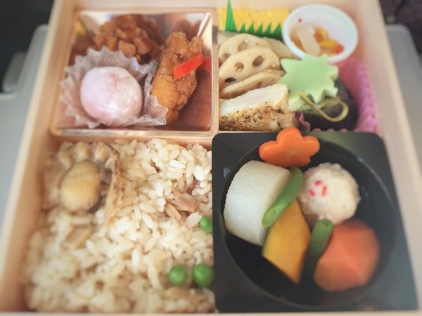 上野駅 駅弁:「冬の彩」弁当  こだわりの素材が盛りだくさん