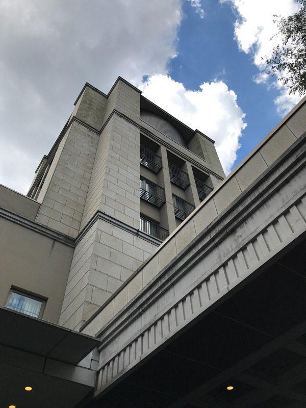 茨城県 水戸 「水戸プラザホテル」:発明家エジソンの子孫がデザインした重厚なインテリアデザイン