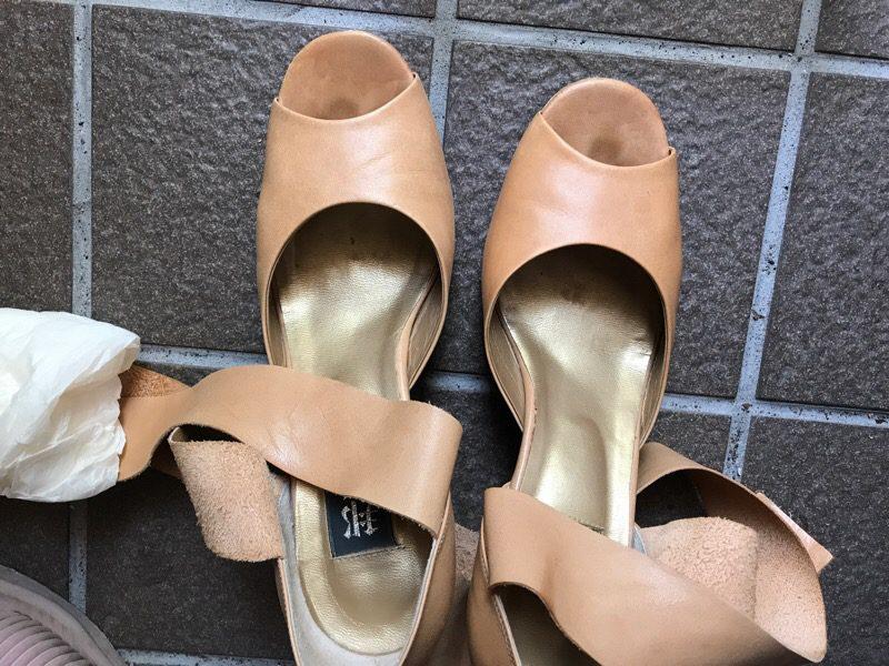 革靴のお手入れ きちんとやれば長持ち:コロンブスのクリーナーはお手軽に使える