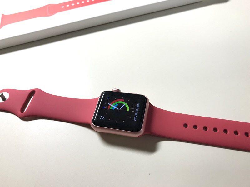"Apple watch 汗をかきやすい時期にベルトを交換。新色も出て""着替える楽しみ""を味わう"